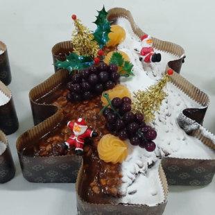 abeto de chocolate y piñones